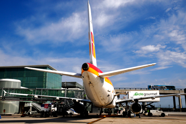 IAG планирует трансатлантические низкобюджетные рейсы из Барселоны